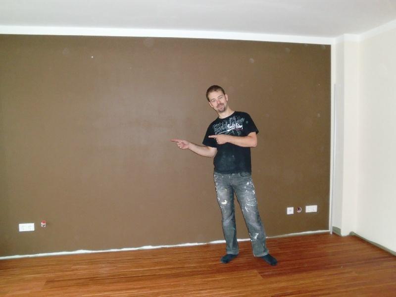 wohnzimmer rot braun:Braun als Kontrast im Wohnzimmer. Unter die Füße gibt es